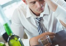 terapia metacognitiva per persone con problemi di uso di alcol: uno studio sperimentale